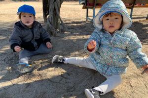 公園で遊ぶ子どもたち4